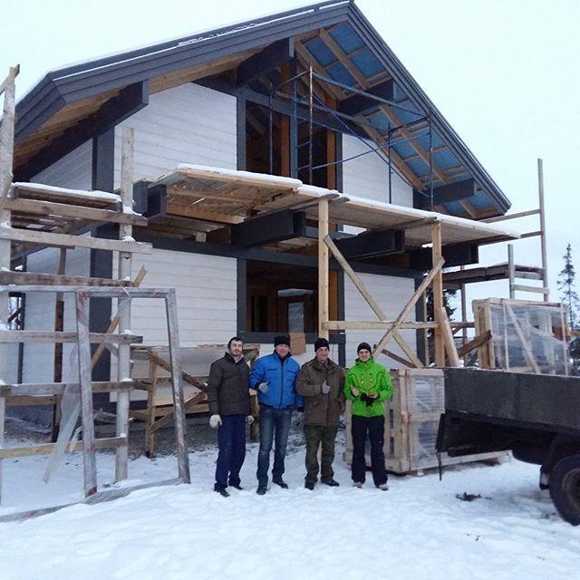 #БрауниАрт конструкции и стеклопакеты прибыли к месту установки! Приступаем к работе над домом в живописнейшем месте заполярья!
